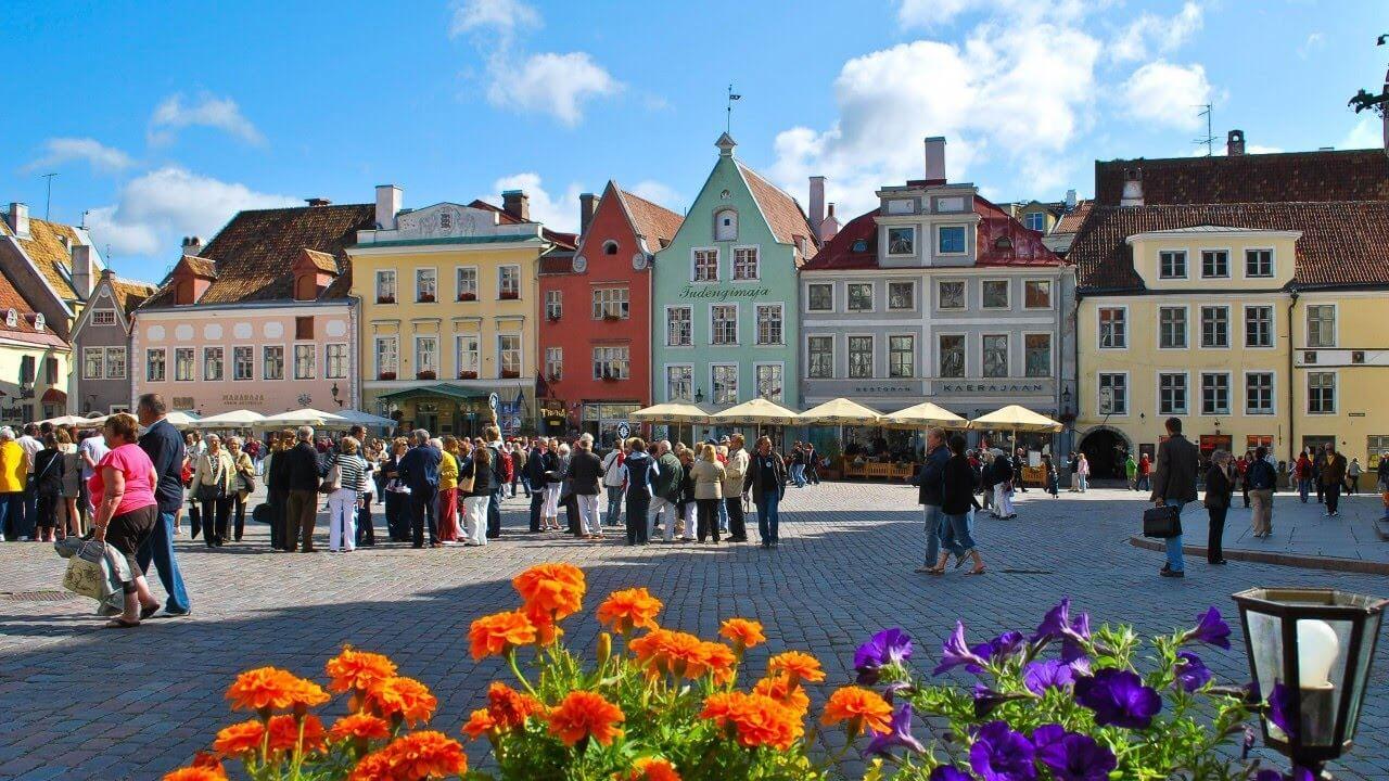 Send Money to Estonia